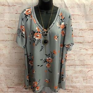 Torrid floral blouse size 18/20